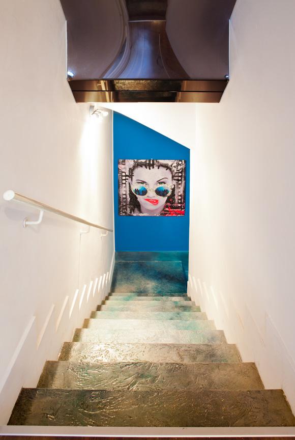 scale e muro in resina decorativa